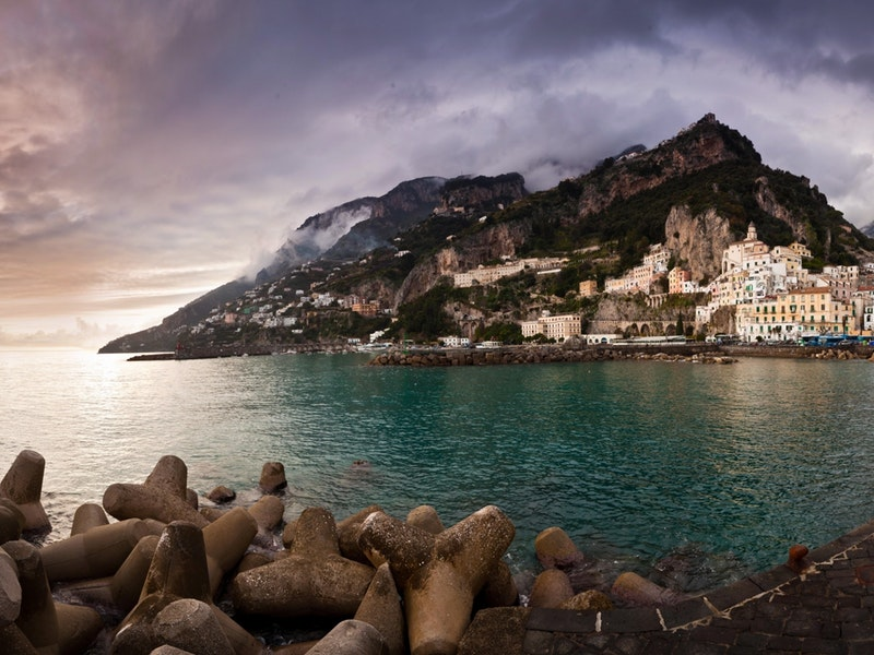 amalfi-sea-seaside-town-seaside
